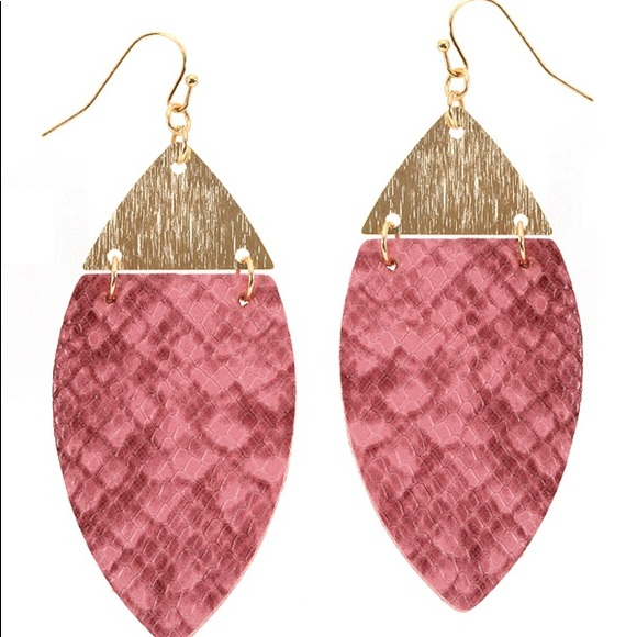 Tell Your Tale Jewelry - Snake skin textured earrings